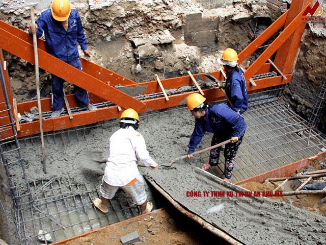 Cách đổ bê tông móng công trình